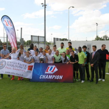 Championnats de France Universitaires de football féminin à 8.